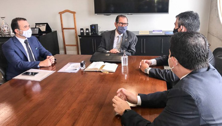 Presidente do CJF recebe AJUFE em visita de cortesia