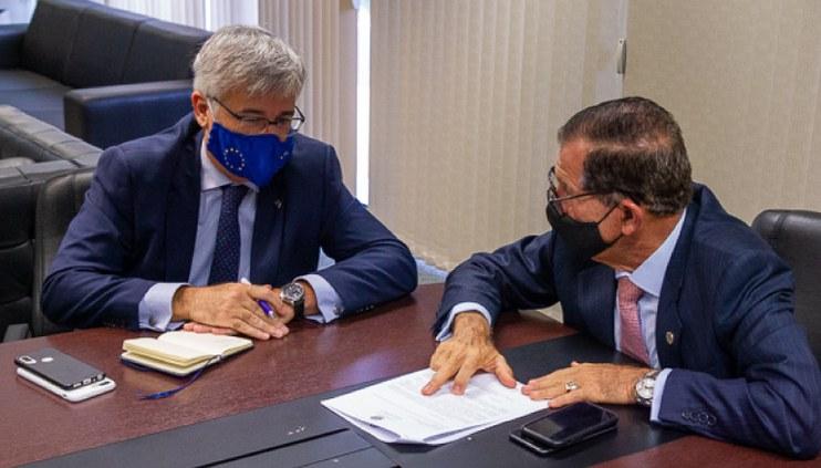 Presidente do CJF reúne-se com Embaixador da União Europeia no Brasil
