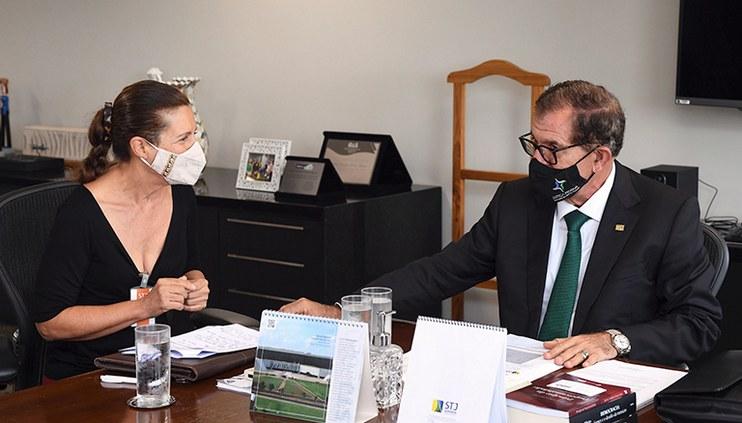 Em iniciativa inédita, presidente do STJ e CJF recebe cidadãos de todo o país para ouvir críticas e sugestões sobre o Judiciário nacional