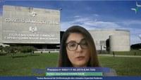 Juíza federal Susana Sbrogio' Galia durante sessão de julgamento da TNU